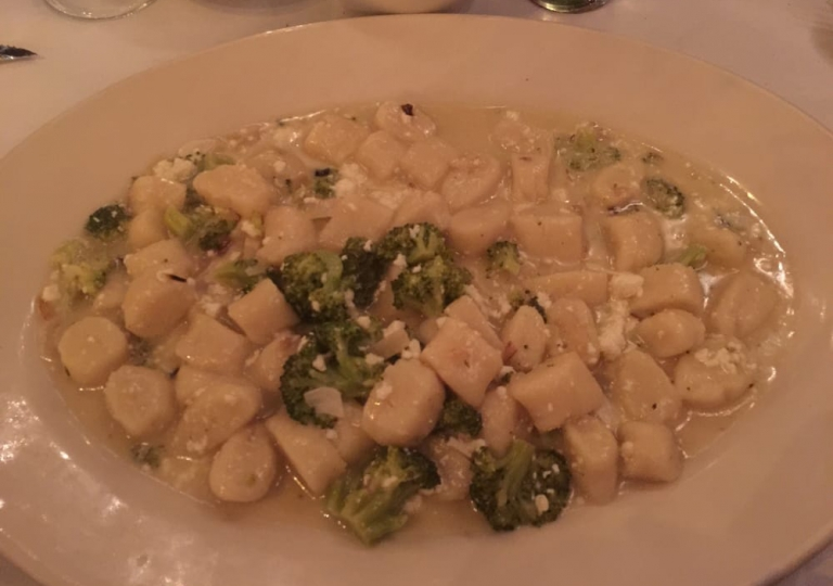 sabatinos-chicago-gnocchi-broccoli-rabe