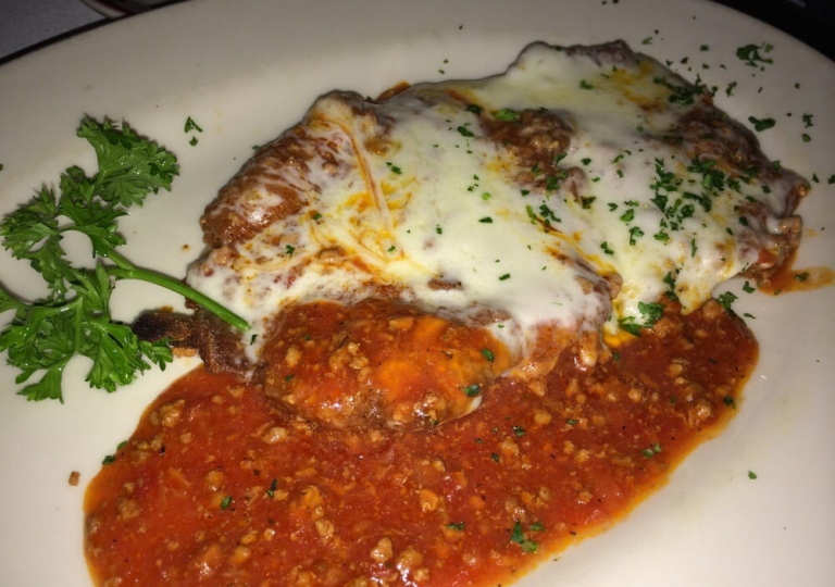 sabatinos-chicago-veal-parmesan-meal
