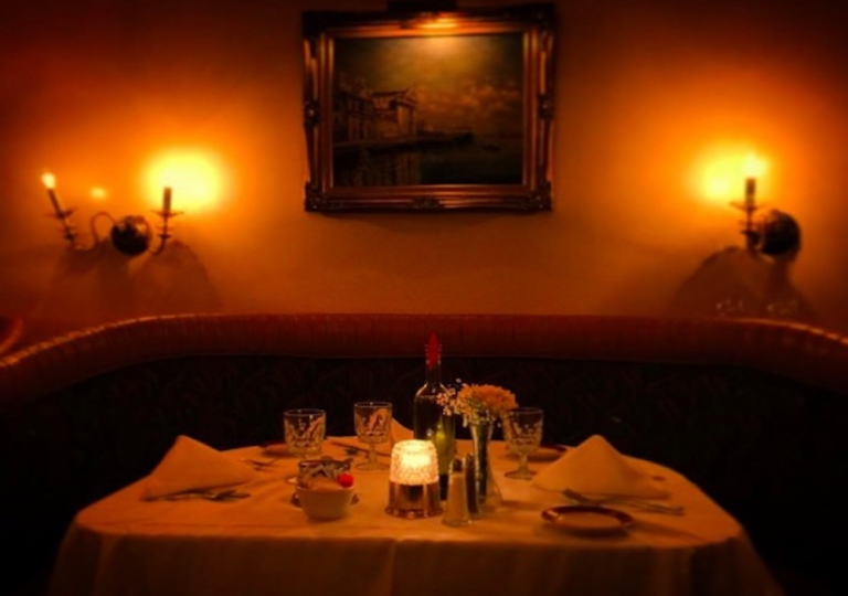 sabatinos-chicago-romantic-dinner-two